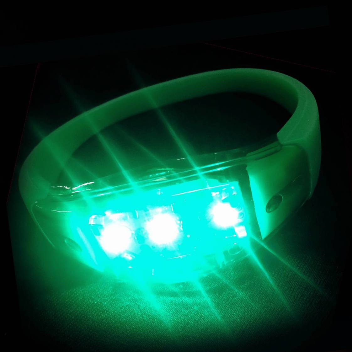 led armband music activated groen.jpg